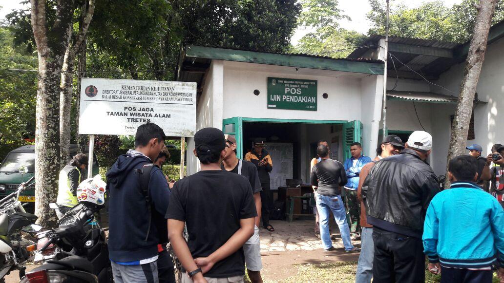 Pos pintu masuk menuju Gunung Arjuno Welirang (foto : abd)