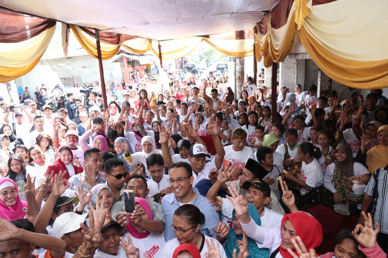 Anies Baswedan ditagih komitmenya oleh warga Jakarta agar tidak menggusur.