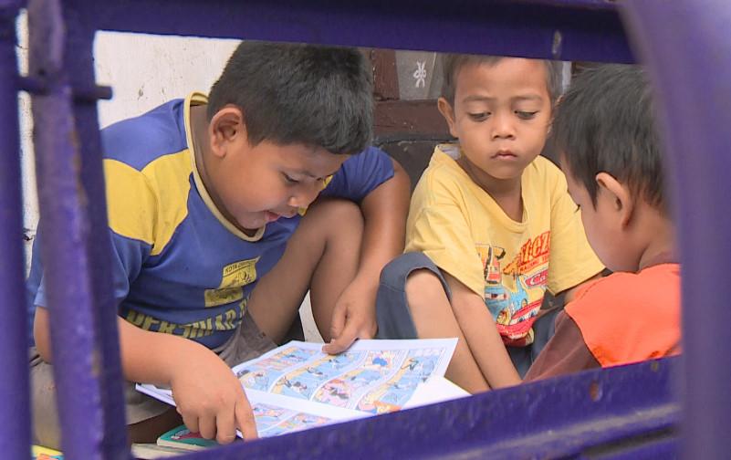 Anak anak menjadi pengunjung setia Bemo Perpustakaan