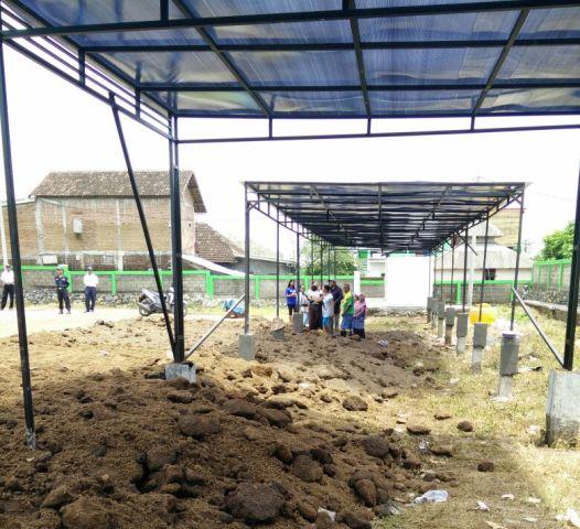 Eks lahan pasar hewan yang dijadikan sentra kuliner di Pasuruan, dengan dana APBD.