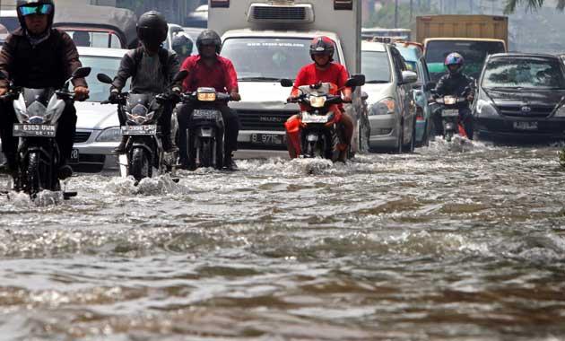 Menurut pantauan Badan Nasional Penanggulangan Bencana (BNPB) ada sekitar 54 titik banjir yang sejak Selasa (21/2)  subuh menggenangi wilayah DKI Jakarta.