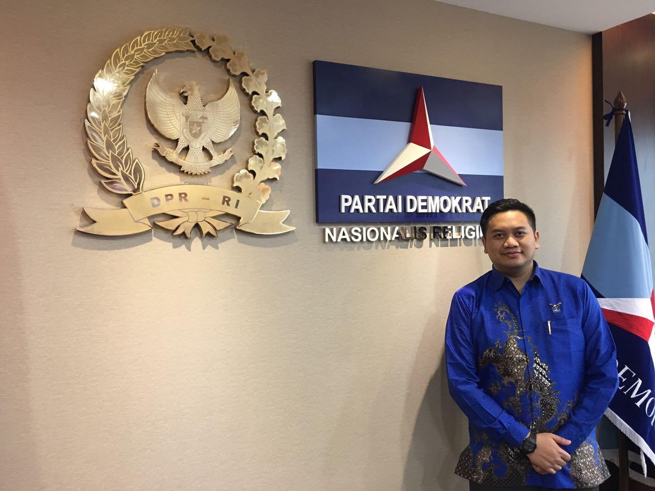 Anggota Komisi D DPRD Kota Depok Pradana Mulyoyunanda, khawatir UN di Kota Depok tak terlaksana dengan baik.