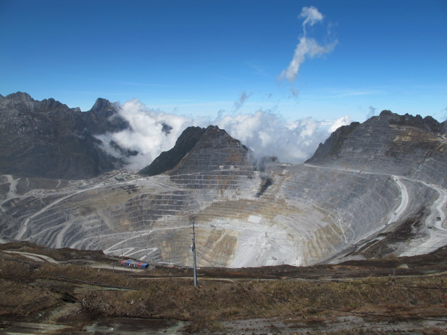 Tambang Grasberg PT Freeport Indonesia, Timika, Papua. (tat)