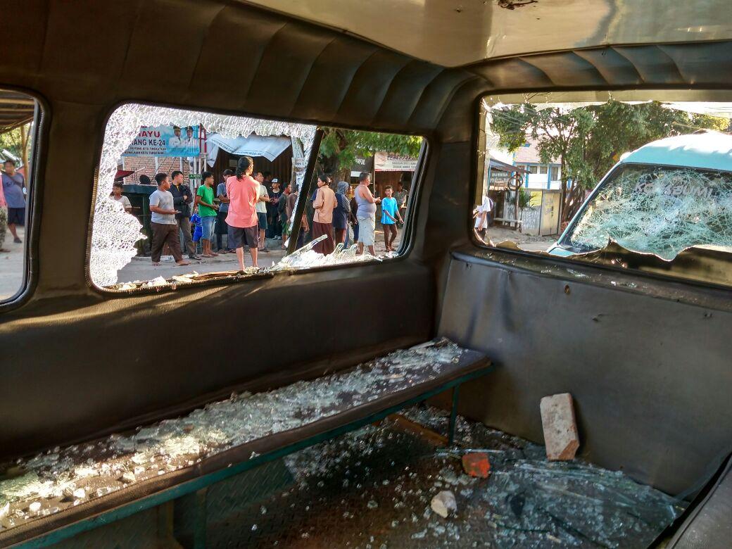 Aksi demo sopir angkot dan angkutan kembali terjadi di kota tagerang.