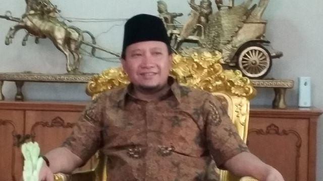 Bupati Pasuruan Irsyad Yusuf menolak untuk menandatangani rekomendasi izin usaha tambang yang ada di sekitar lokasi Umbulan