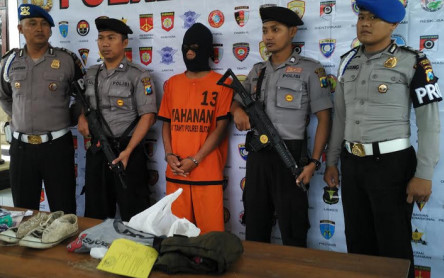 Polisi rilis tersangka pembunuh siswi SMK (foto :Yos)