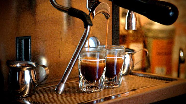 Minum kopi secara teratur dapat menurunkan resiko kematian