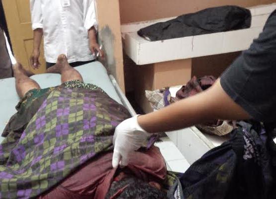 Jasad Husen (33) warga Desa Kramat Agung, Kecamatan Bantaran, Kabupaten Probolinggo, terbujur kaku di kamar mayat rumah sakit dokter Mohamad Saleh Kota Probolinggo