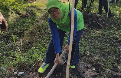 Reboisasi di sumber air di Desa Candi Wates, Kecamatan Prigen, Kabupaten Pasuruan. (foto : abd)