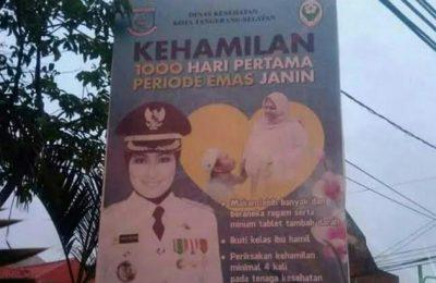 Iklan layanan masyarakat di baliho Tangerang Selatan yang menjadi viral di media sosial.