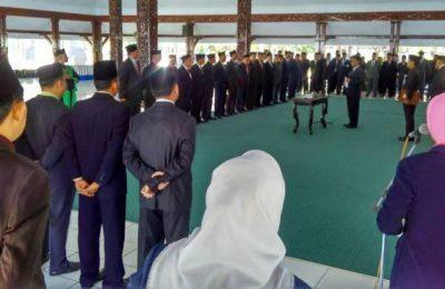 Suasana pelantikan pejababat Eselon II Pemkab Lumajang. (foto: ric)