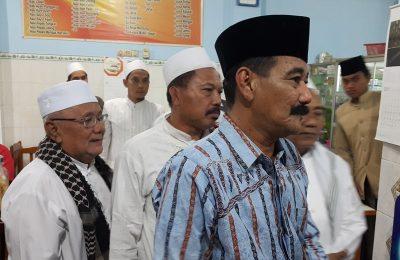 Para Kiai Kampung yang usung dua nama Cawabup Pasuruan. (foto : abd)