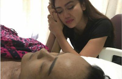 Artis Julia Perez meninggal dunia di RS Cipto Mangun Kusumo, Jakarta Pusat, Sabtu (10/6). (foto: bintang)