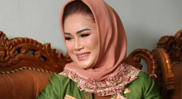 Wali Kota Tegal Hj Siti Masitha Soeparno ditangkap KPK terkait suap proyek ICU RSUD Kardinah. (foto: tegalkota)