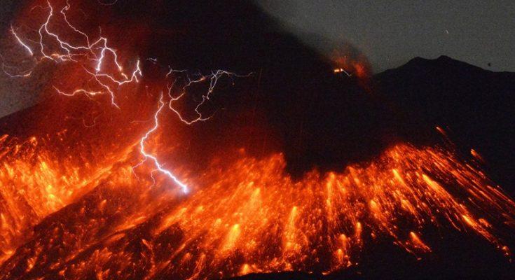 Dibalik gunung meletus tgernyata juga mengeluarkan batu berlian ke permukaan bumi. (foto: japantimes)