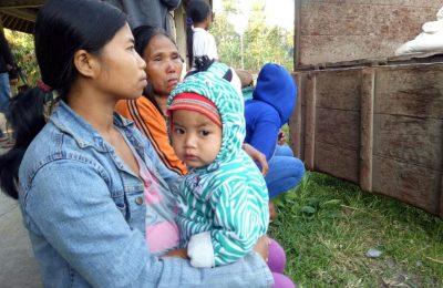 Penduduk desa diungsikan kelokasi aman/ Humas BNPB