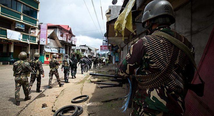 Pasukan militer Filipina terus melakukan penekanan terhadap militan pro ISIS yang melakukan penyanderaan/ aa.com.tr