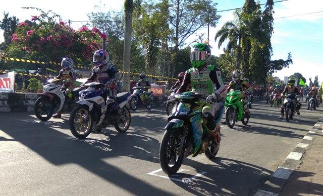 Kejuaraan balap motor,  Motorprix, untuk memperebutkan piala Kejurda Cup yang diselenggarakan di Kabupaten Nabire Papua, Minggu (08/10, menelan korban nyawa. (yar)