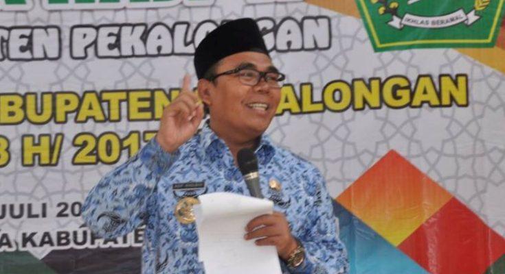 Bupati Pekalongan, Jawa Tengah, Asip Kholbihi. (foto: twitter)