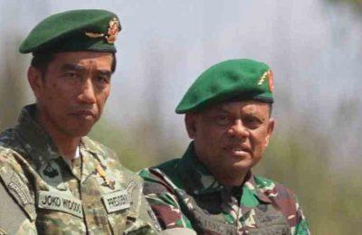 Panglima TNI, Jenderal Gatot Nurmantyo bersama Presiden Jokowi. (foto: kabar.news)