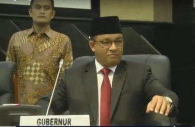 Gubernur DKI Jakarta, Anies Baswedan menyampaikan pidato di hadapan anggota DPRD DKI, Jakarta. (foto:ist)