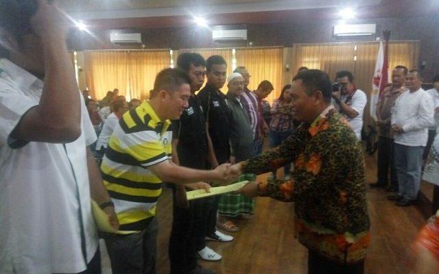 KONI Situbondo, menggelar workshop peningkatan mutu pelatih dari sejumlah Cabor berprestasi di Kabupaten Situbondo,  Kamis (2/11). (foto:fat)