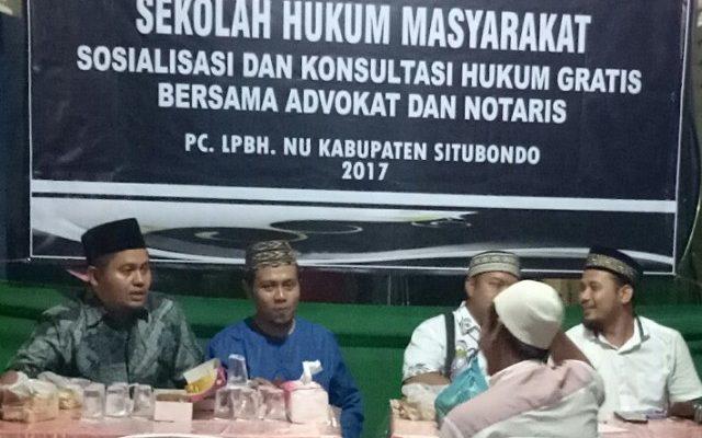 LBHNU Situbondo,  memberikan pelayanan konsultasi hukum gratis kepada masyarakat Kabupaten Situbondo (foto:fat)