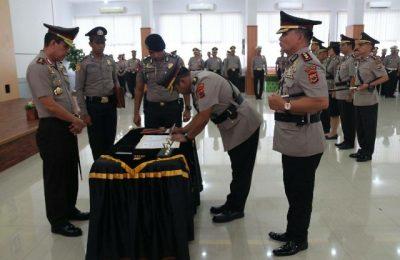 Kapolda Papua Irjen Pol memimpin serahtrima jabatan di Mapolda Papua. ( foto : riy )