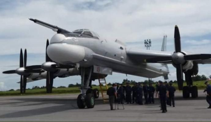 Dua pesawat IL-76 dan dua bomber TU-95 Bear dg total 110 personel dari AU Rusia dipimpin oleh Commander of Air Squadron Ltc Vladimir Golovkin melaksanakan latihan navigasi jarak jauh , singgah di Lanud Manuhua, Biak/ TNI AU