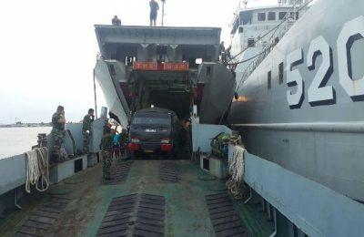 KRI Bintuni 520 dan KRI Teluk Hading 538 yang melaksanakan operasi angkutan laut militer ini mengangkut tiga Batalyon dari Yonif 500 Raider Sikatan Kodam V Brawijaya, Yonif 323 Raider Banjar dan Yonif 315 Garuda Bogor  Kodam III Siliwangi/ Pupsen TNI