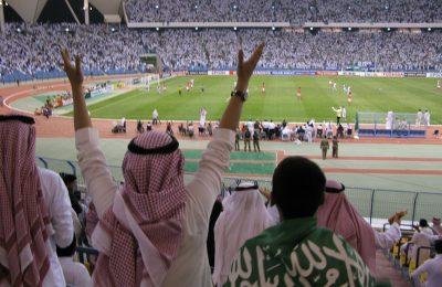 Dimasa lalu staion olahraga di Arab Saudi hanya boleh didatangi penonton pria. Dimasa depan wanita boleh ikut masuk menikmati tontonan olahraga/ ist