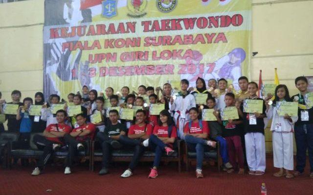 atlet taekwondo Siubondo,  memborong medali pada kejuaraan provinsi (Kejuprov) Taekwondo piala Komite Olahraga Nasional Indonesia (KONI) Jawa Timur Tahun 2017. (foto:fat)