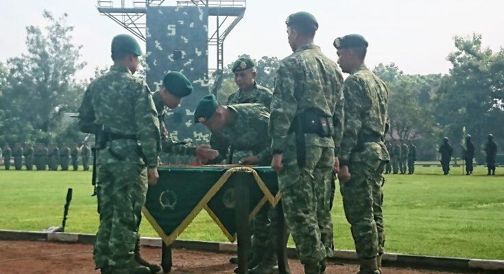 Serahterima komandan Para Rieder 501 Bajra Yudha. (foto:hap)