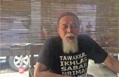 KH Abdullah Siradj, merupakan anggota Majelis Keluarga Pondok Pesantren Sidogiri. (Foto : istimewa)