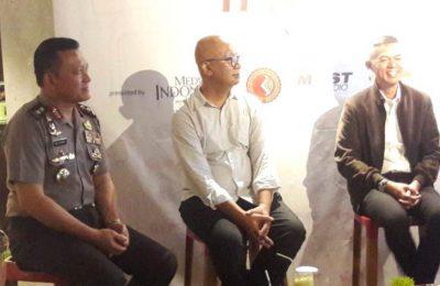 Irjen Pol. Ike Edwin (kiri) saat menjadi narasumber dalam diskusi Kopi Talk Indonesia di Hotel Mercure Sabang, Jakarta, Jumat (15/2/2019). (Foto: Sir)
