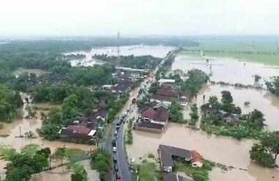 Pantauan udara Banjir yang melanda Kabupaten Madiun. (foto:ist)
