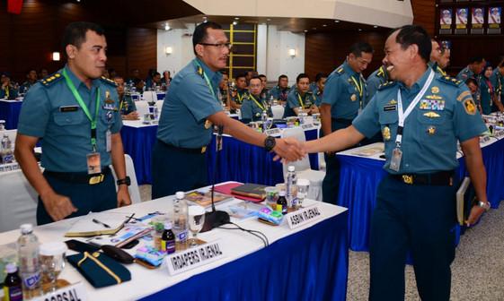 Rapat Koordinasi Personel (Rakorpers) TNI Angkatan Laut tahun 2019 di Markas Besar Angkatan Laut (Mabesal), Cilangkap, Jakarta Timur, Senin (4/3).