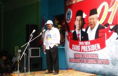 Ketua Relawan Leluhur Noeswantoro H. Ashabul Kafi ajak seluruh masyarakat Gresik menangkan Jokowi. (Foto/didik hendri)