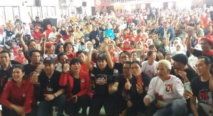 Deklarasikan dukungan kaum milenial terhadap pasangan Capres dan Cawapres nomor 01 di Balai Samina, Kota Depok, Senin (10/3/2019).