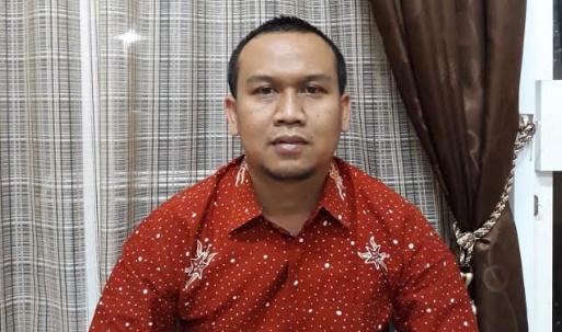 Kabid Pemerintahan Desa pada Dinas Pemberdayaan Masyarakat dan Desa (DPMD) Kabupaten Situbondo, Yogie Krispian Sah. (Foto/fat).