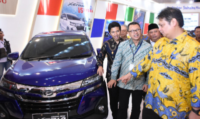 Menteri Perindustrian Airlangga Hartarto di acara pembukaan GIIAS 2019 di Surabaya, Jawa Timur, Jumat (29/3/2019).
