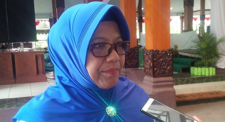Kepala Dinas Pengelolaan dan Keuangan Aset Daerah (DPKAD) Situbondo, Tri Cahya Ningsih. (foto:fat)