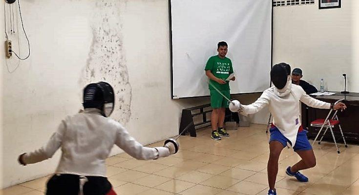 Para atlet anggar, saat mengikuti tes paramater tehnik dasar, dan tes psikologi. (foto:fat)
