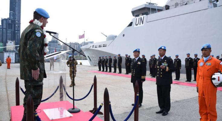 Penyematan UN medal doleh MTF Commander kepada Prajurit Satgas Maritim TNI XXVIII-K di Lebanon.
