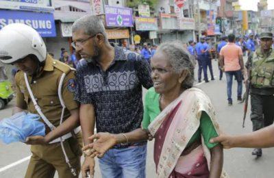 Suasana beberapa saat setelah serangan bom di Srilanka. (foto.Ist)