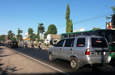 Satuan Lalu Lintas Polres Situbondo, menyiapkan  sebanyak lima pos pengamanan (Pospam) dan satu pos pelayanan (Posyan) di sepanjang jalur Pantura Situbondo, Jawa Timur. (foto:fat)