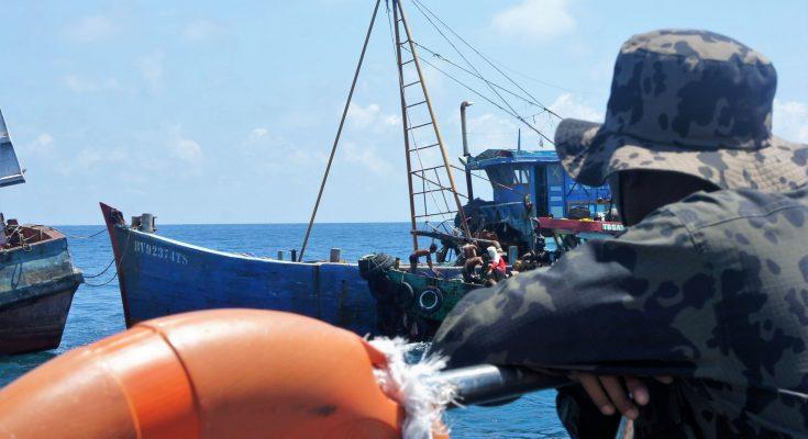 Pengawasan Sumber Daya Kelautan (PSDKP) Pontianak, Sabtu (11/05/2019) kembali menenggelamkan 3 kapal ikan asing asal Vietnam. (foto:das)