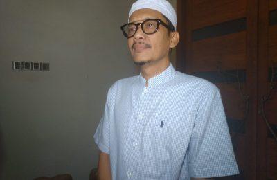 Mustasyar PCNU Kabupaten Probolinggo, Hasan Aminuddin.(foto: dic)