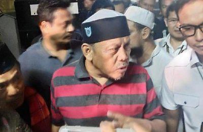 Eggi Sudjana dimasukkan ke dalam tahanan Polda Metro Jaya tepat pukul 23.00 Wib, Selasa (14/5)