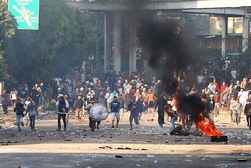 Suasana Kerusuhan di Tanah Abang. (foto:istmewa)